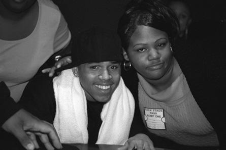 Chris Brown Fansite on Fan Of A Fan  Chris Brown And Fan  Photo By Leon Laing